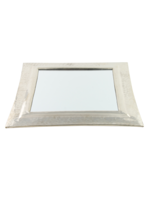 Squared mirror with hammered metal frame